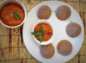 Ragi Oats Idli with red pepper chutney