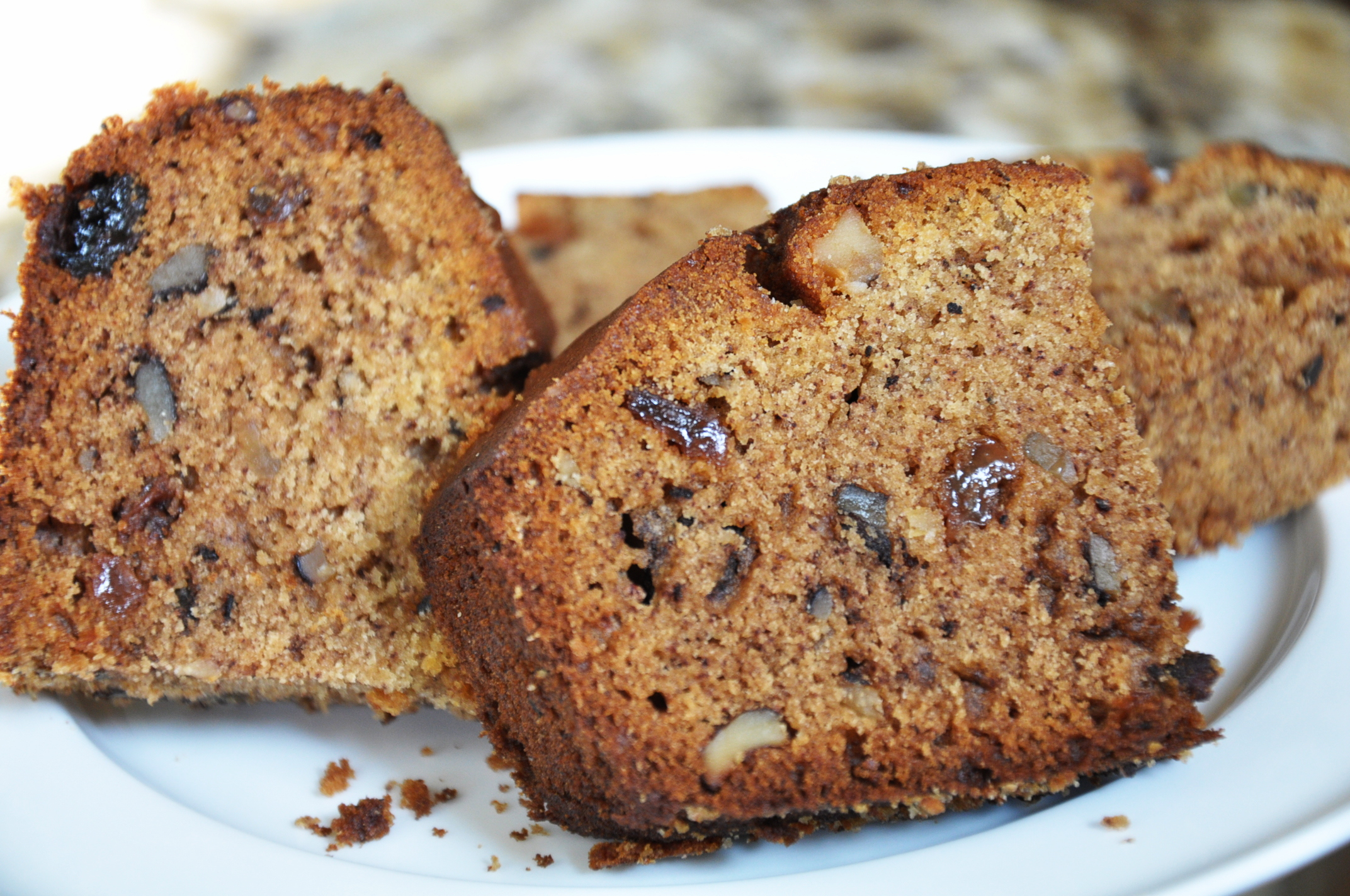 Walnut Raisin Cake